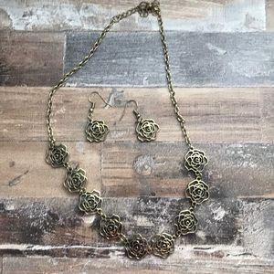 Floral Gold necklace set